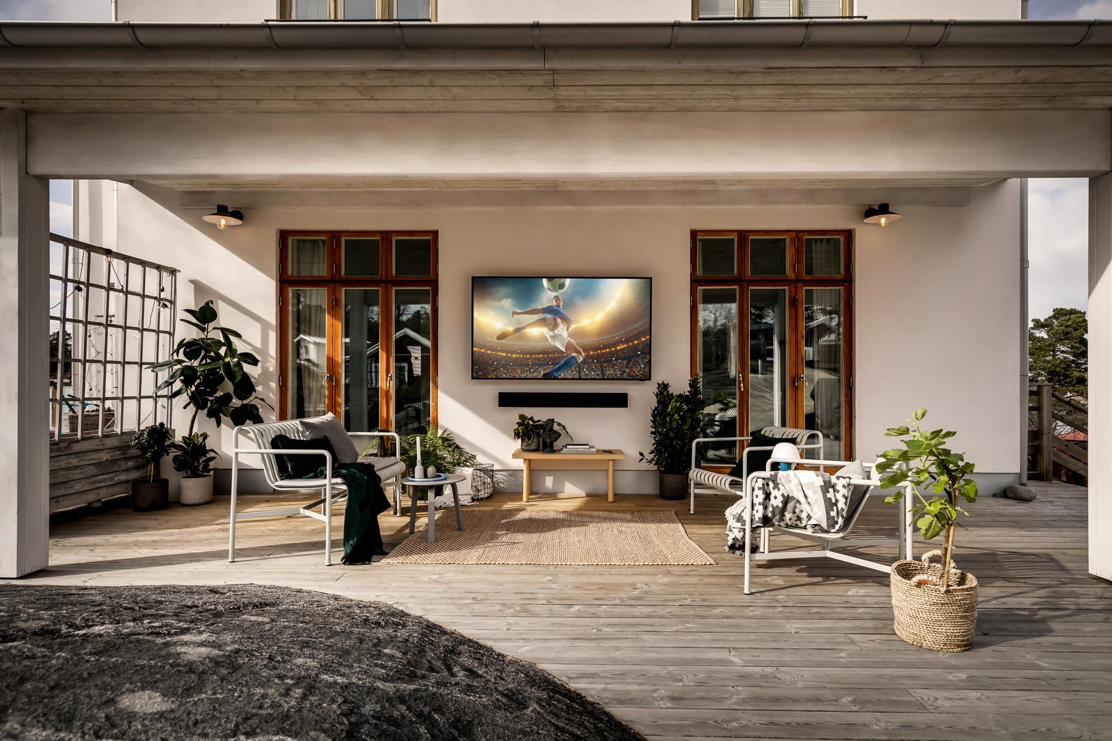 TV-sommar utomhus med Samsung
